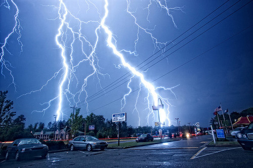 Lightning Strike Picture.jpg